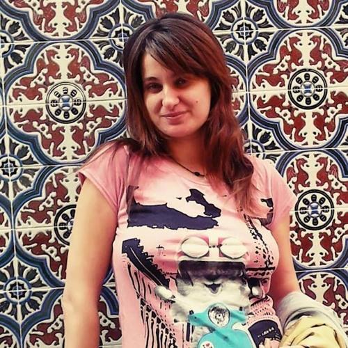 Elena Traykova's avatar