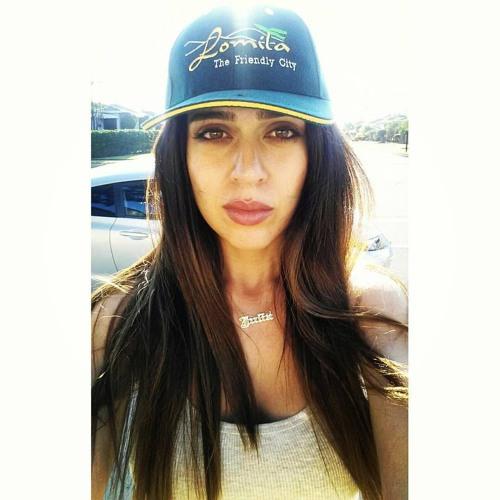 MissJuliaLove's avatar