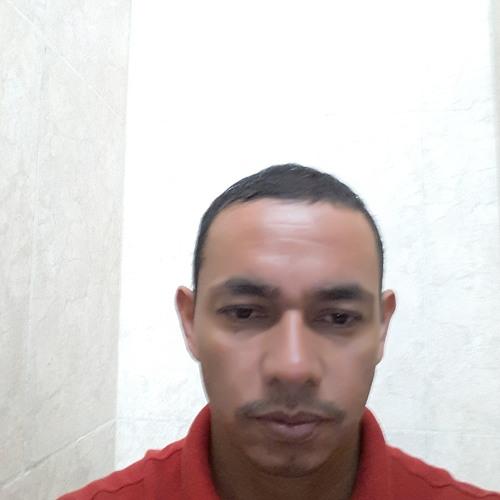 User 715356039's avatar