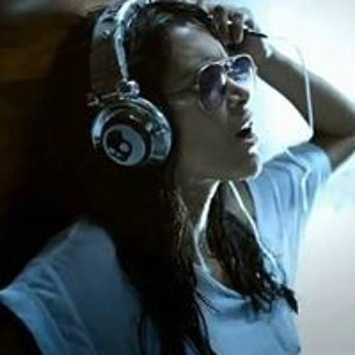Fayna Donovan's avatar