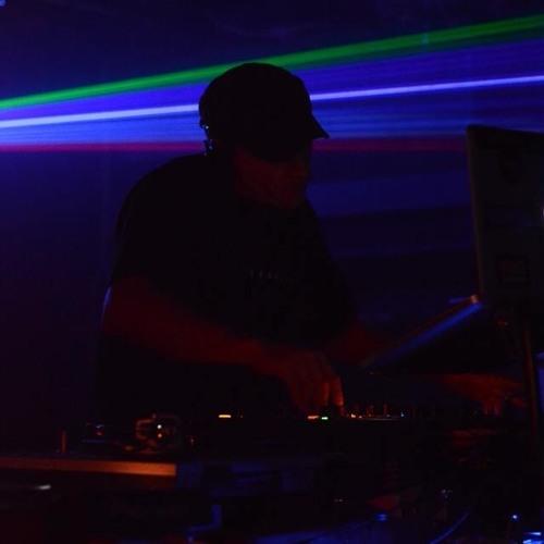 DJ MOON's avatar