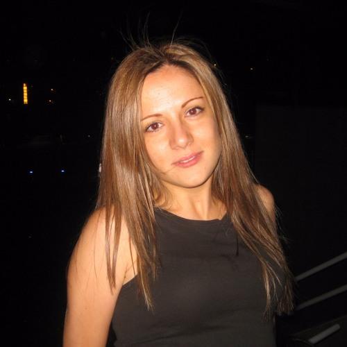 Erika Mendes's avatar