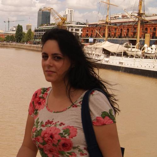 Claudia Sales Marques's avatar