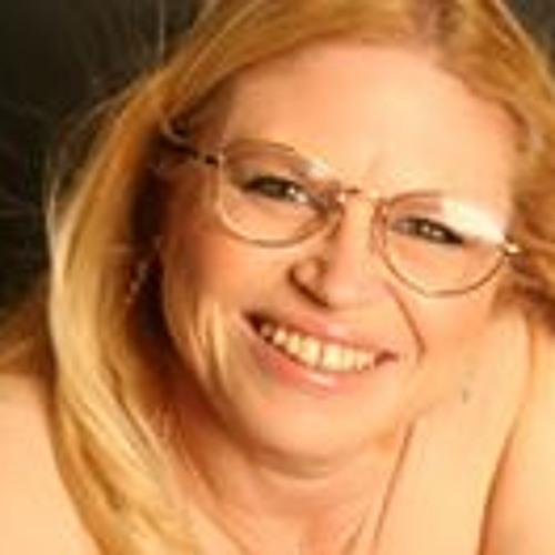 Liz Hann's avatar