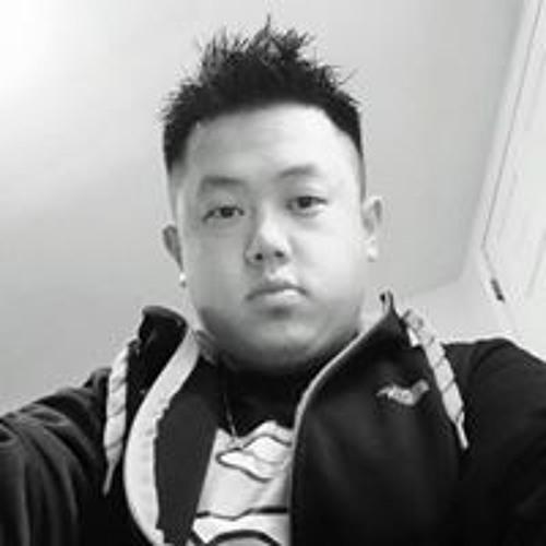 Pao Hang's avatar