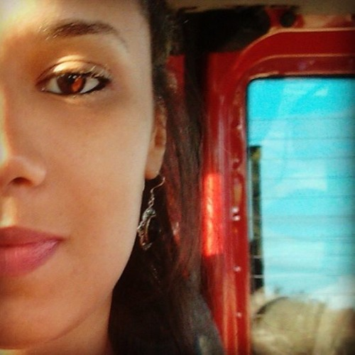Mônica Alves 14's avatar