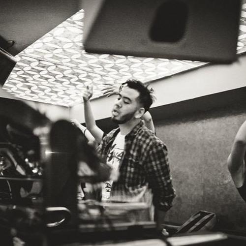 DJ AGANA's avatar