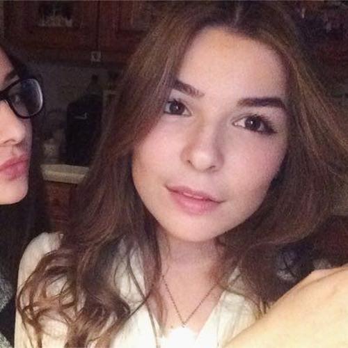 Maria Brazza's avatar
