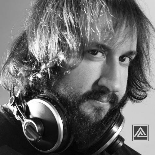 Albert Alvarez's avatar