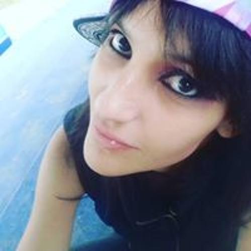 Izzie Gonzalez's avatar