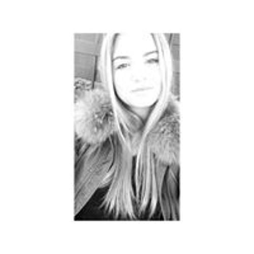 Caroline Mth's avatar