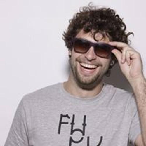 Lucas Muccini's avatar