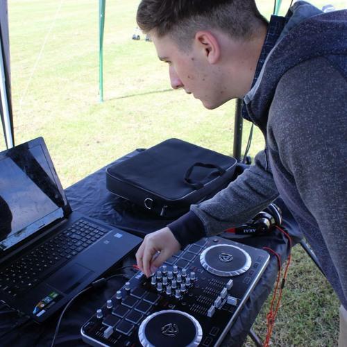 DJ Conner Roberts's avatar