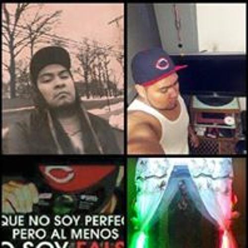 Carlos Sanchez's avatar