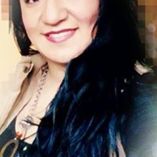 Gina Rios's avatar