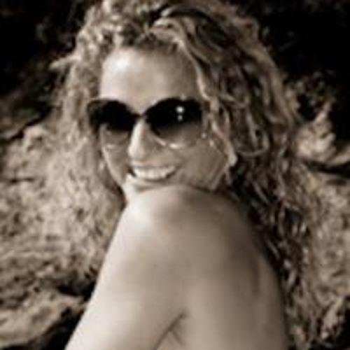 Kath Meade's avatar