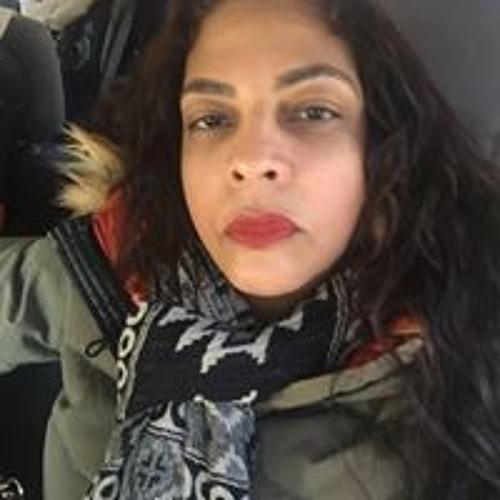 Raquel Valdez's avatar