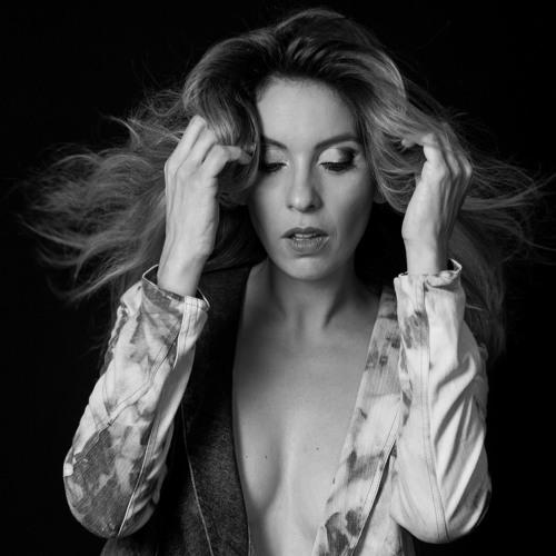 Carol Fusco's avatar