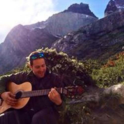 Noam Weiss's avatar