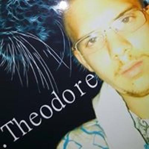 Daniel Theodore's avatar