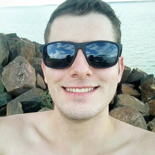 Carlos Henrique Galo's avatar