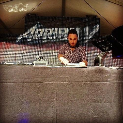 Adrian V (AUS)'s avatar