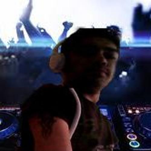 Dj B2C's avatar