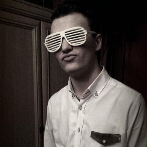 Tomasz Szostak's avatar
