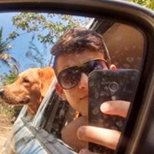 Lucas Veras's avatar