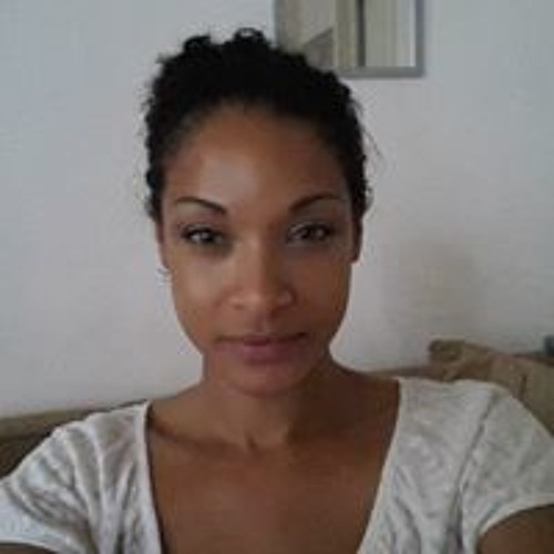 Greeny Adi's avatar