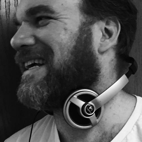 DJ FMAV's avatar