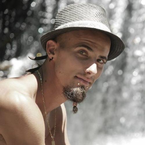 Laurent Badew's avatar