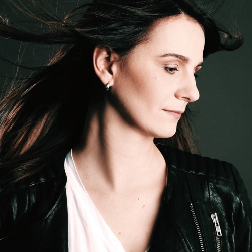 Dana Ruh's avatar