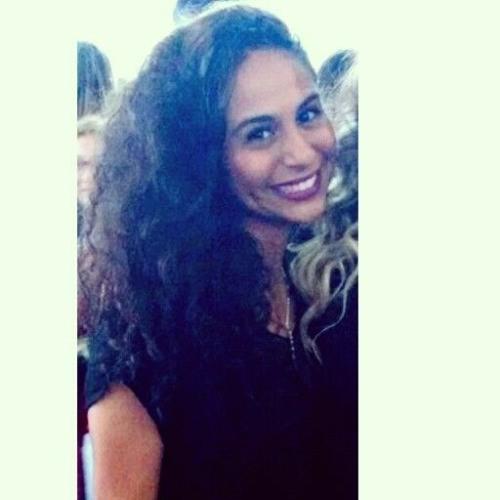 Isabella Karolina's avatar