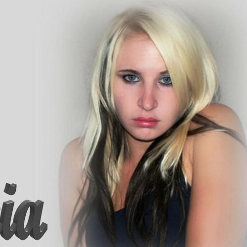 Zirkia's avatar