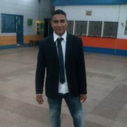 Nader Emad's avatar