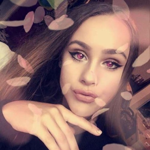 rochelle zahra's avatar