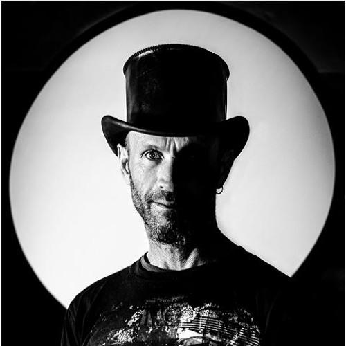 Gavin Gold's avatar