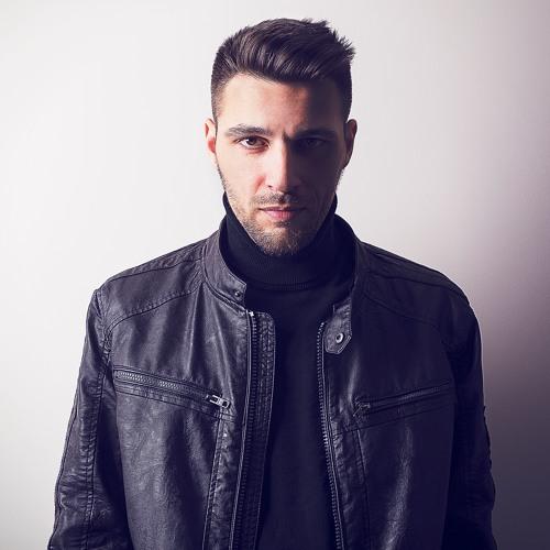 EMANUEL KOSH's avatar