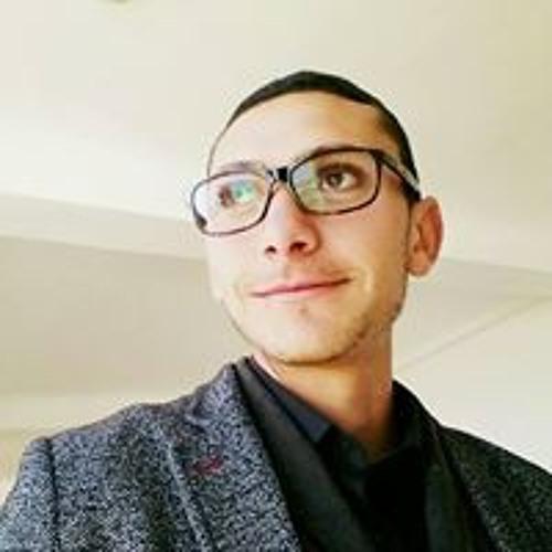 Hassan Bennia's avatar