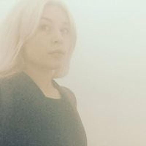 Emilie Ortolan's avatar