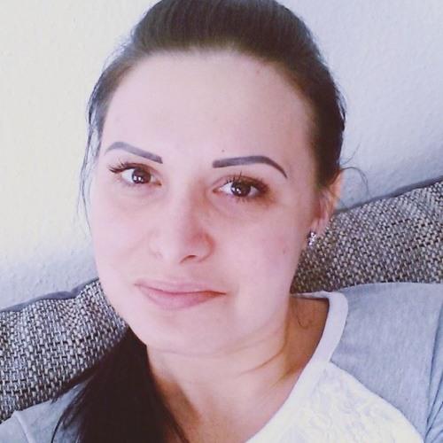 Alexandra Tóth 5's avatar
