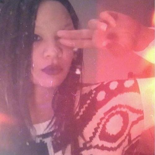 Stacie Camouflage C's avatar