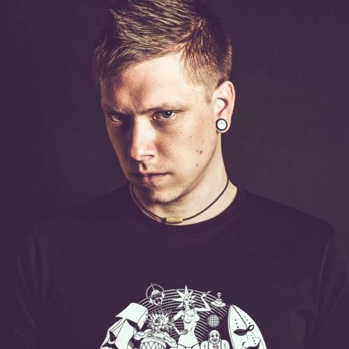 DJ Zeyhan's avatar
