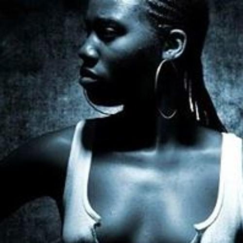 Esi Akyere Mali Snodgrass's avatar