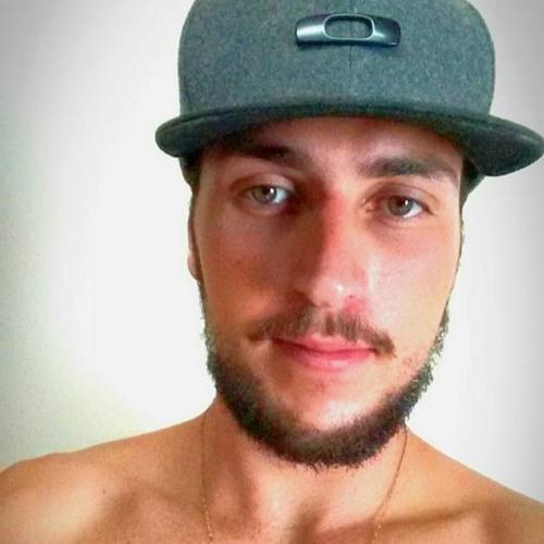 Lucas Antequera's avatar