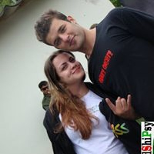 Renan Lourenço's avatar