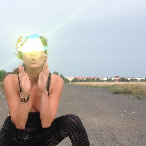 Angela Chambers's avatar
