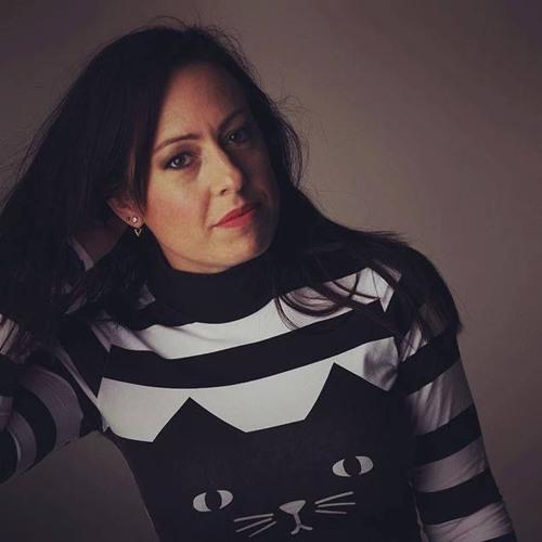 Anna Kiss ––˟'s avatar