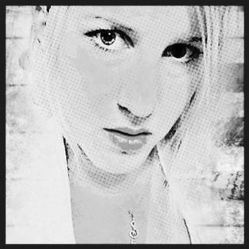 Danyella's avatar